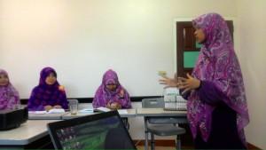 Hijab Syari Guru