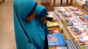 Membangun Budaya Literasi