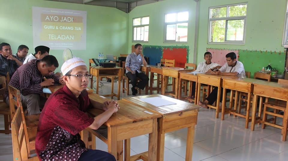 Diskusi Guru Lontong Basi 1