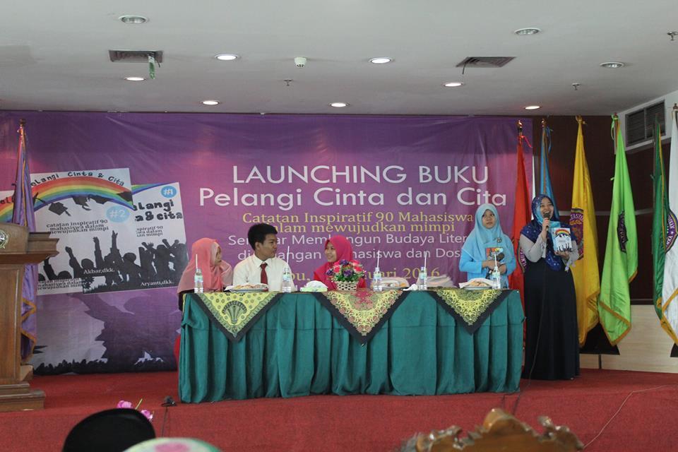 Launching Buku Pelangi Cinta dan Cita 11