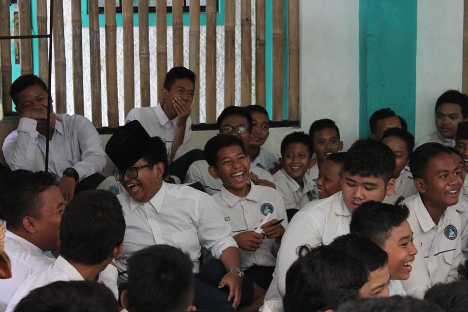Siswa SMPIT Darussalam Bekasi