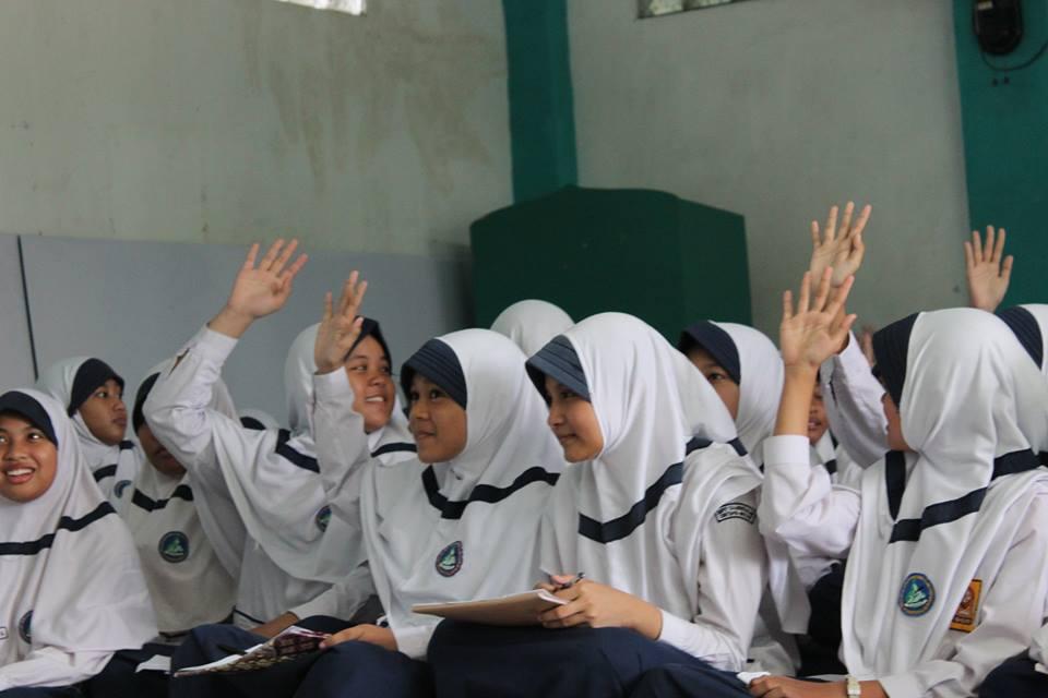 Siswi SMPIT Darussalam Bekasi 4