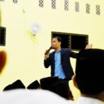 Training Motivasi Kiat Sukses Meraih Impian dan Cita-Cita Bagi Santri PMI Dea Malela Sumbawa