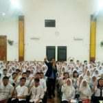 Training Motivasi Peserta Didik SMK Negeri 27 Jakarta Pusat Bersama Namin AB Ibnu Solihin