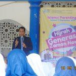 Seminar Parenting Hijrah Generasi Zaman Now SMP Muhammadiyah 1 Bersama Namin AB Ibnu Solihin