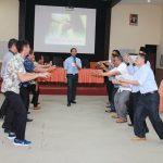 Training Guru Kreatif SMK dan Semen Padang Berasama Namin AB Ibnu Solihin