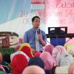Seminar Parenting Komunikasi Efektif Orang Tua dan Anak SDIT Dauroh Bersama Namin AB Ibnu Solihin