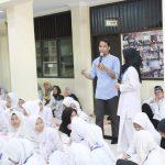 Training Motivasi Ujian Nasional Bagi Peserta Didik SMP PGRI 2 Ciledug Bersama Namin AB Ibnu Solihin