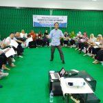 Training Guru Kreatif Peningkatan Kapasitas Guru Program CSR PT Medco Hari Pertama Bersama Namin AB Ibnu Solihin