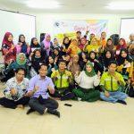 Training Guru Kreatif Mengajar Kreatif dan Menyenangkan Program PPM PT Arutmin Indonesia Hari Kedua