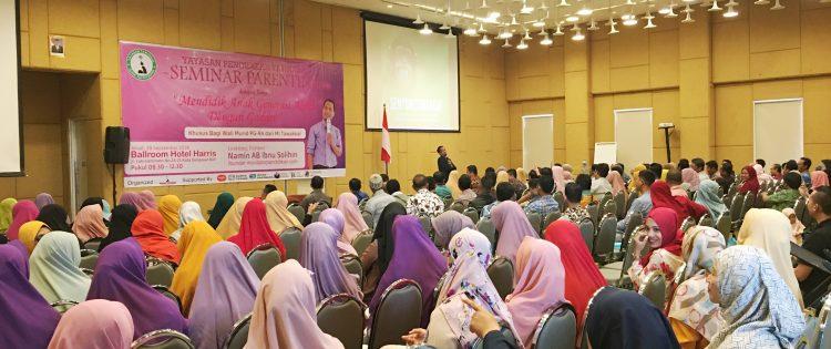 Pembicara Seminar Parenting