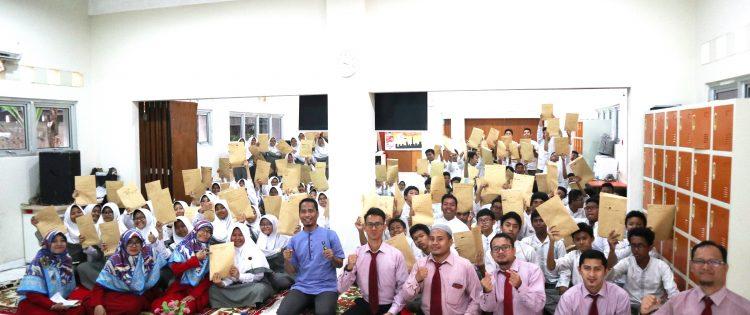 Training Motivasi dan Seminar Parenting SMPIT Al Haraki Bersama Namin AB Ibnu Solihin