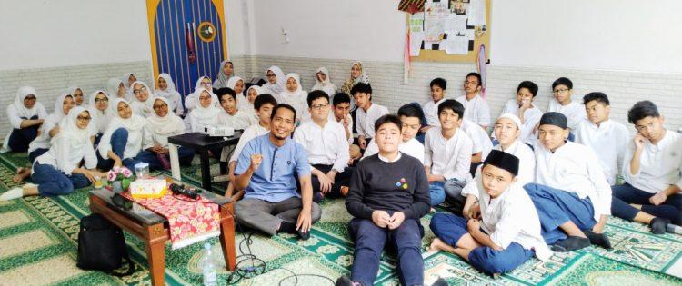 Training Motivasi Muhasabah dan Doa Sukses Ujian Nasional SMP Nizamia Andalusia Bersama Namin AB Ibnu Solihin