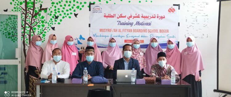 Training Motivasi Musyrif-Musyrifah Al Fityan Bogor Bersama Namin AB Ibnu Solihin
